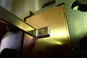 パワーモジュール端子の超音波接合